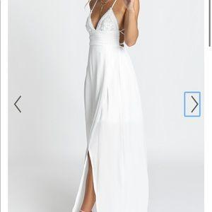Showpo RUNNING FREE MAXI DRESS IN WHITE